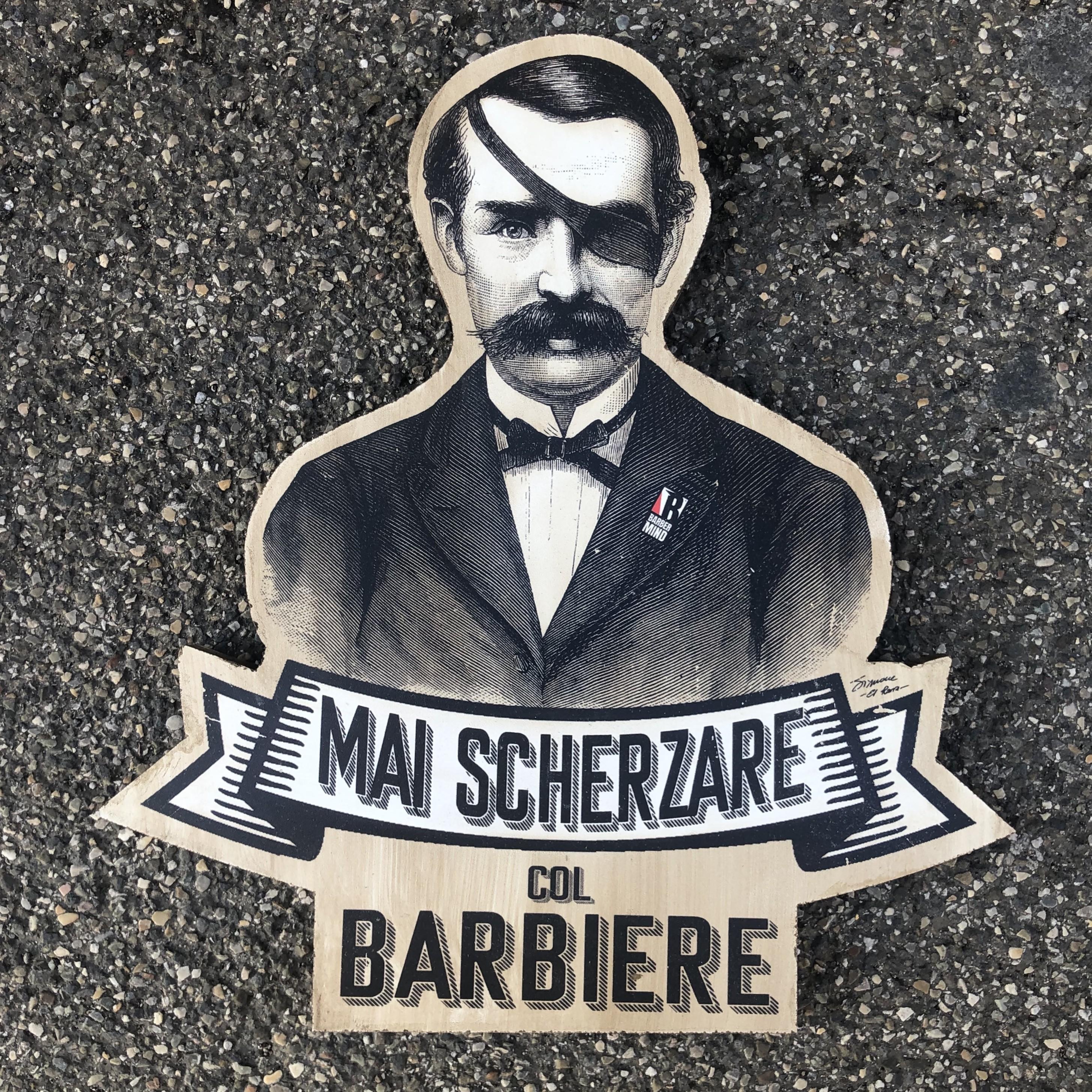 Mai Scherzare col Barbiere - 55 cm
